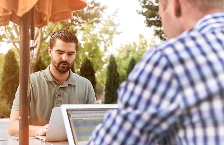 men looking for a job online
